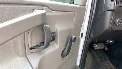 2021 GMC Savana 3500 DRW 4x2, Rockport Cargoport Cutaway Van #G210513 - photo 13