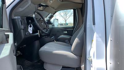 2021 GMC Savana 3500 DRW 4x2, Rockport Cargoport Cutaway Van #G210513 - photo 14