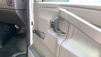 2021 GMC Savana 3500 DRW 4x2, Rockport Cargoport Cutaway Van #G210513 - photo 24