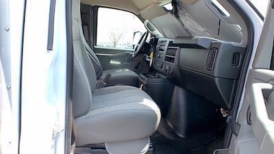 2021 GMC Savana 3500 DRW 4x2, Rockport Cargoport Cutaway Van #G210513 - photo 25