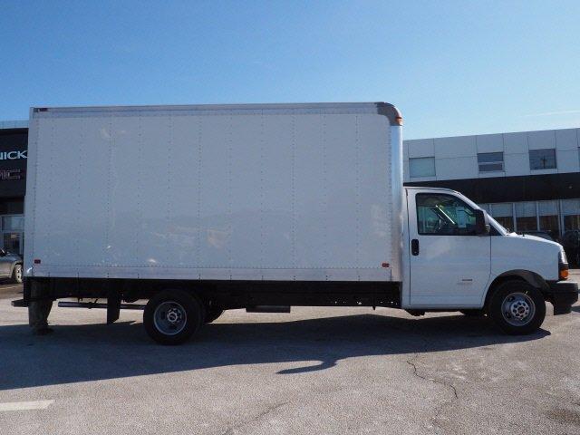 2019 GMC Savana 4500 4x2, Dejana DuraBox Dry Freight #G190084 - photo 12