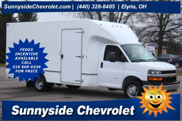 2020 Chevrolet Express 3500 4x2, Cutaway #900568 - photo 1