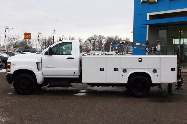 2020 Chevrolet Silverado 5500 Regular Cab DRW 4x2, Knapheide Steel Service Body Crane Body #900842 - photo 20