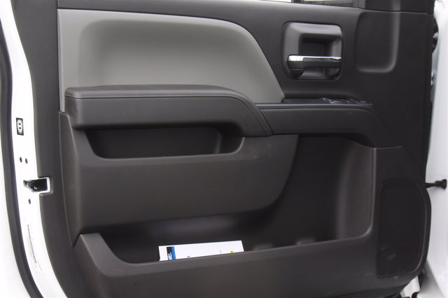 2020 Chevrolet Silverado 5500 Regular Cab DRW 4x2, Unicell Dry Freight #900919 - photo 10
