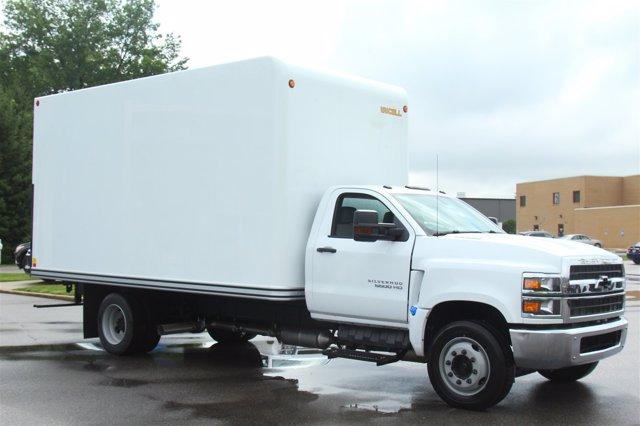 2020 Chevrolet Silverado 5500 Regular Cab DRW 4x2, Unicell Dry Freight #900919 - photo 5