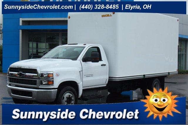 2020 Chevrolet Silverado 5500 Regular Cab DRW 4x2, Unicell Dry Freight #900919 - photo 1