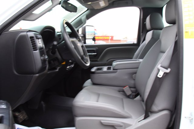 2020 Chevrolet Silverado 4500 Regular Cab DRW 4x2, Monroe Tow 'N Haul Gooseneck Platform Body #900972 - photo 13