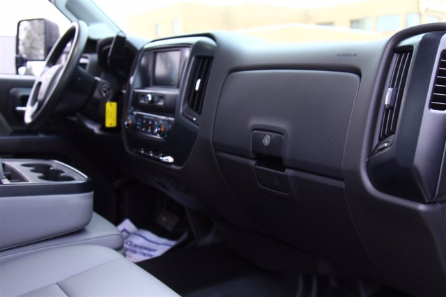 2020 Chevrolet Silverado 4500 Regular Cab DRW 4x2, Monroe Tow 'N Haul Gooseneck Platform Body #900972 - photo 23