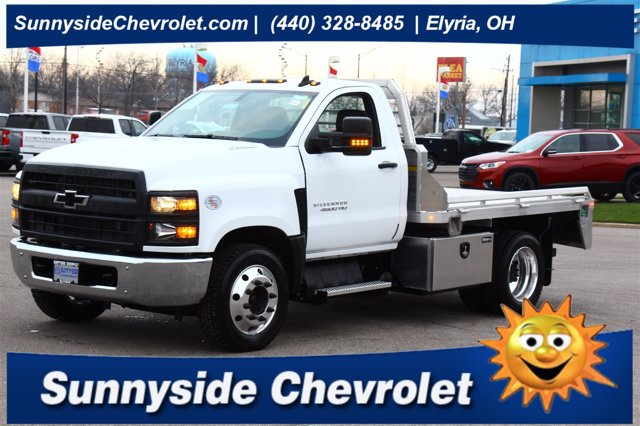 2020 Chevrolet Silverado 4500 Regular Cab DRW 4x2, Monroe Platform Body #900972 - photo 1