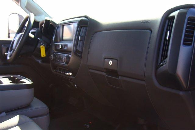 2020 Silverado 5500 Crew Cab DRW 4x2,  Cab Chassis #901111 - photo 18