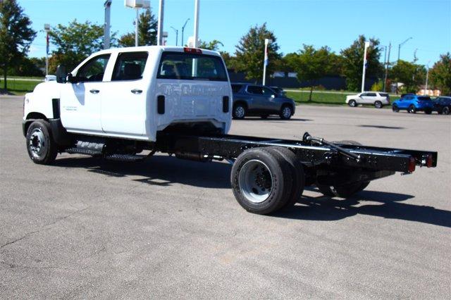 2020 Chevrolet Silverado 5500 Crew Cab DRW 4x2, Cab Chassis #901111 - photo 1