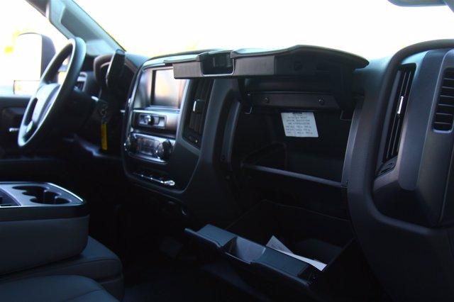 2020 Silverado 5500 Crew Cab DRW 4x2,  Cab Chassis #901164 - photo 20