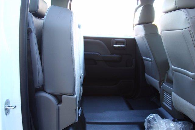 2020 Silverado 5500 Crew Cab DRW 4x2,  Cab Chassis #901164 - photo 23