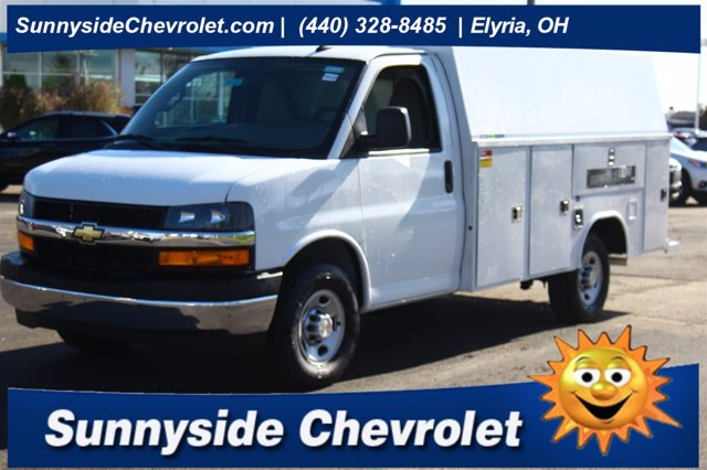 2020 Chevrolet Express 3500 4x2, Reading Service Utility Van #901229 - photo 1