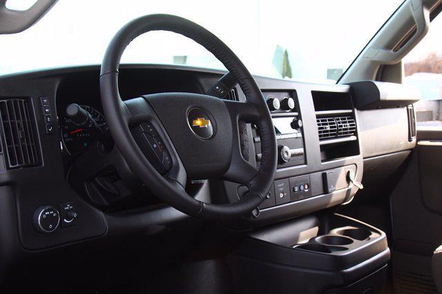 2021 Chevrolet Express 4500 DRW 4x2, Unicell Aerocell Cutaway Van #901661 - photo 13