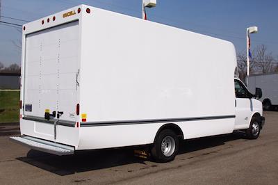 2021 Chevrolet Express 4500 DRW 4x2, Unicell Aerocell Cutaway Van #901661 - photo 2