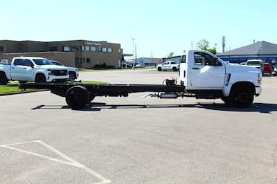 2021 Silverado 6500 Regular Cab DRW 4x2,  Cab Chassis #901719 - photo 8