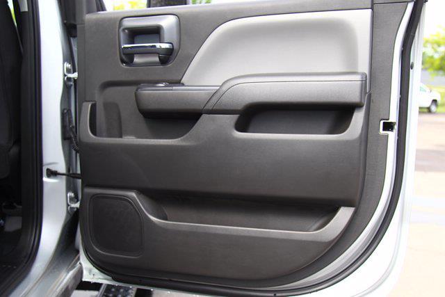 2021 Silverado 5500 Crew Cab DRW 4x4,  Cab Chassis #901777 - photo 22