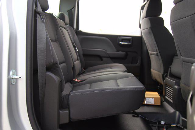 2021 Silverado 5500 Crew Cab DRW 4x4,  Cab Chassis #901777 - photo 23