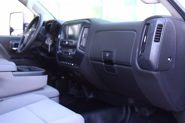 2021 Silverado 5500 Regular Cab DRW 4x2,  Cab Chassis #901814 - photo 21
