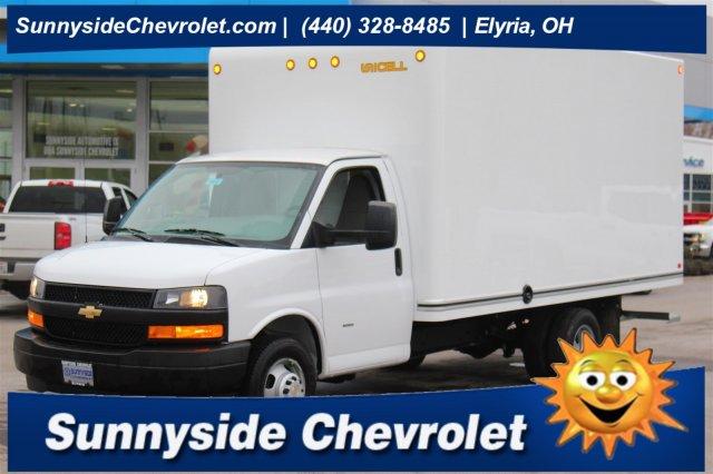 2019 Chevrolet Express 3500 4x2, Unicell Cutaway Van #99066 - photo 1