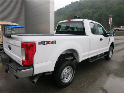 2017 F-250 Super Cab 4x4 Pickup #17F692 - photo 6