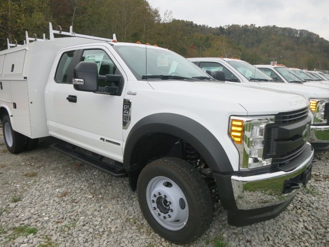 2017 F-450 Super Cab DRW 4x4 Service Utility Van #17F754 - photo 4