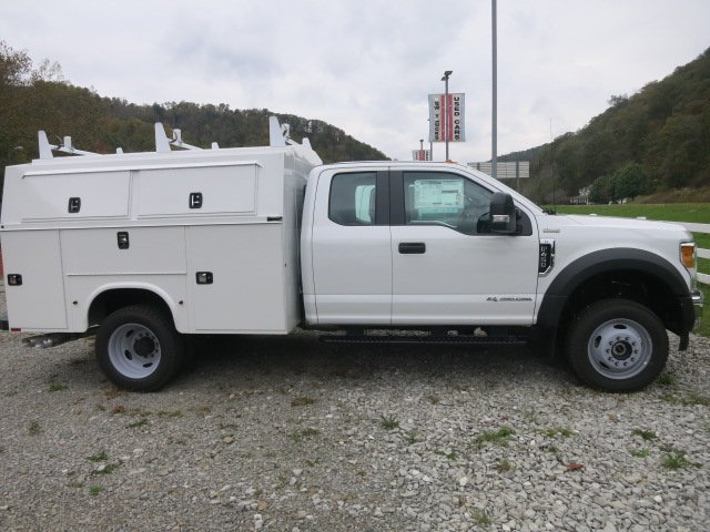 2017 F-450 Super Cab DRW 4x4 Service Utility Van #17F754 - photo 5