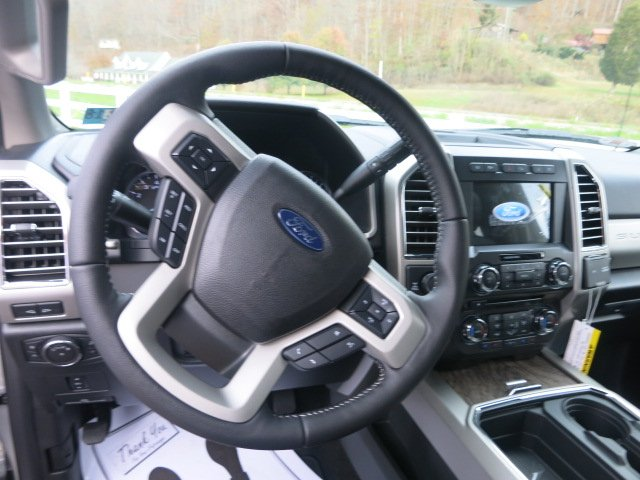 2017 F-250 Crew Cab 4x4 Pickup #17F778 - photo 16