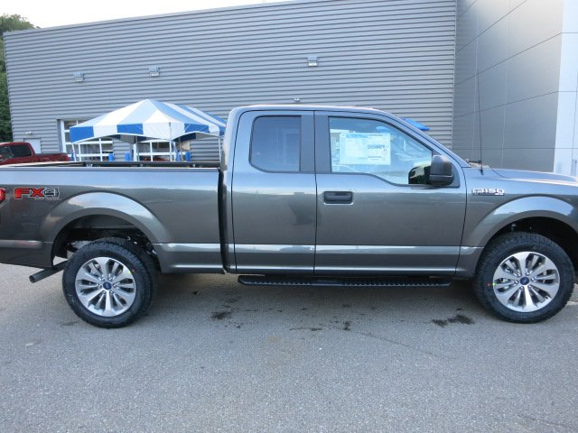 2018 F-150 Super Cab 4x4, Pickup #18F009 - photo 5