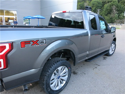 2018 F-150 Super Cab 4x4, Pickup #18F009 - photo 6