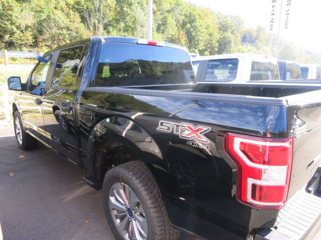 2018 F-150 Crew Cab 4x4 Pickup #18F025 - photo 2