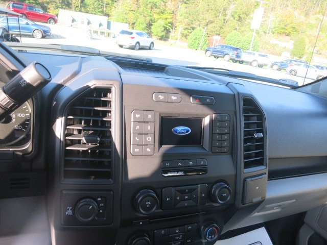 2018 F-150 Regular Cab 4x4,  Pickup #18F032 - photo 10