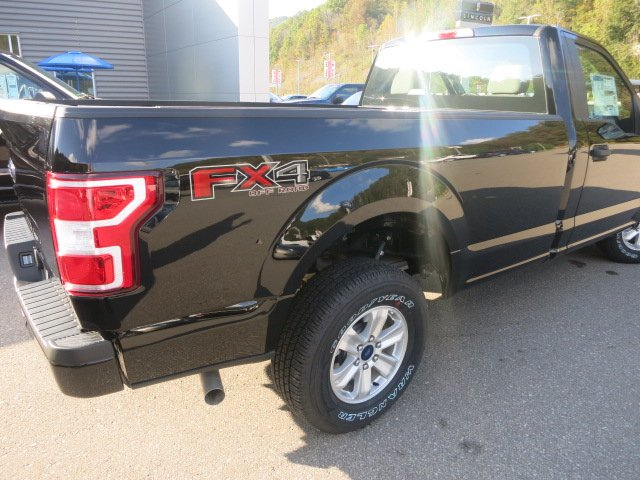 2018 F-150 Regular Cab 4x4,  Pickup #18F032 - photo 3