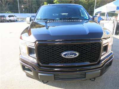 2018 F-150 Super Cab 4x4, Pickup #18F035 - photo 3