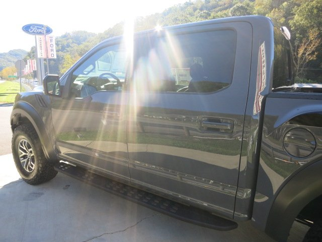 2018 F-150 Crew Cab 4x4 Pickup #18F036 - photo 10