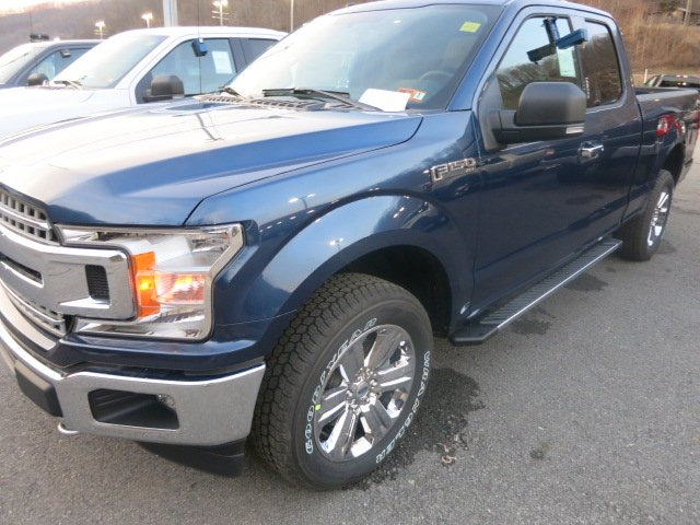 2018 F-150 Super Cab 4x4, Pickup #18F242 - photo 1