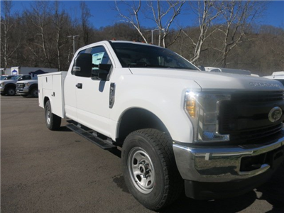 2018 F-350 Super Cab 4x4, Service Body #18F298 - photo 2