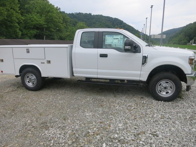 2018 F-350 Super Cab 4x4,  Reading Service Body #18F455 - photo 5
