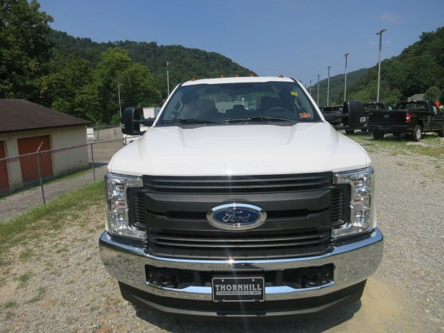2018 F-350 Crew Cab DRW 4x4,  Reading Service Body #18F534 - photo 3