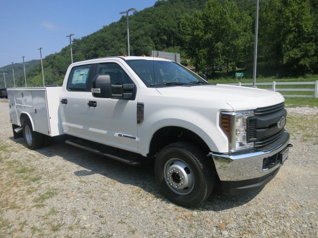 2018 F-350 Crew Cab DRW 4x4,  Reading Service Body #18F534 - photo 4