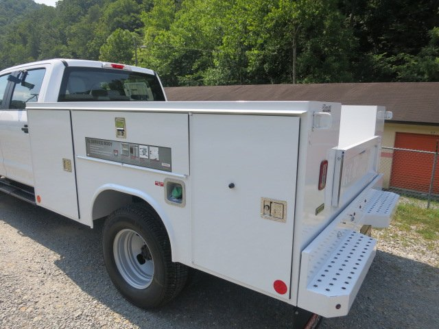 2018 F-350 Crew Cab DRW 4x4,  Reading SL Service Body #18F534 - photo 2