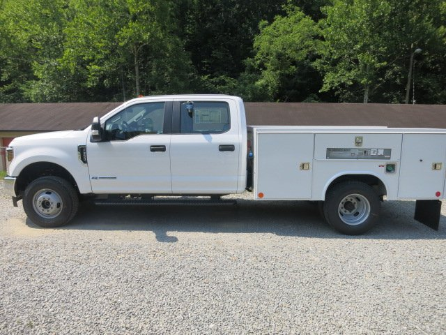 2018 F-350 Crew Cab DRW 4x4,  Reading Service Body #18F534 - photo 7