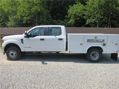 2018 F-350 Crew Cab DRW 4x4,  Reading SL Service Body #18F534 - photo 7