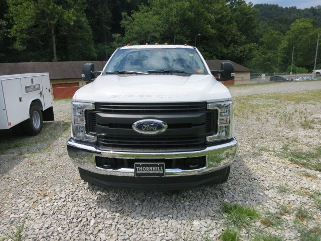 2018 F-250 Regular Cab 4x4,  Reading Service Body #18F565 - photo 3