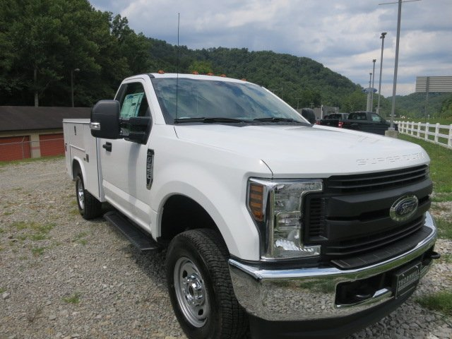 2018 F-250 Regular Cab 4x4,  Reading Service Body #18F565 - photo 4