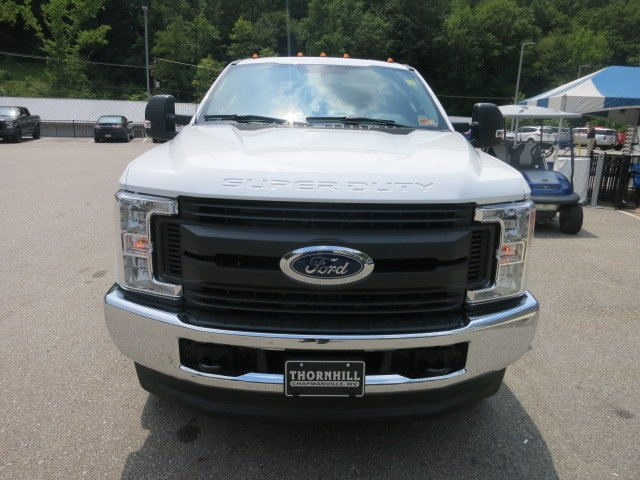 2018 F-250 Super Cab 4x4,  Reading Service Body #18F573 - photo 3