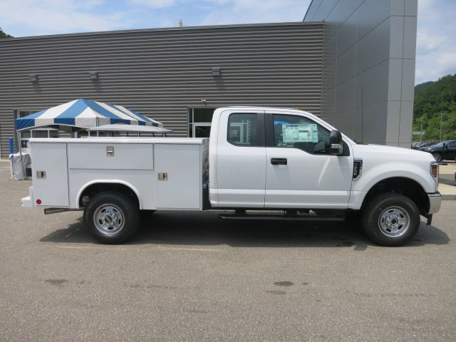 2018 F-250 Super Cab 4x4,  Reading Classic II Steel Service Body #18F573 - photo 5