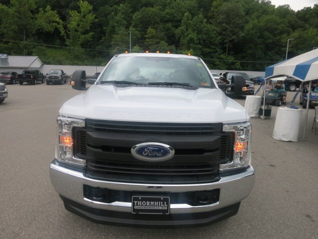 2018 F-350 Crew Cab DRW 4x4,  Reading Service Body #18F593 - photo 5