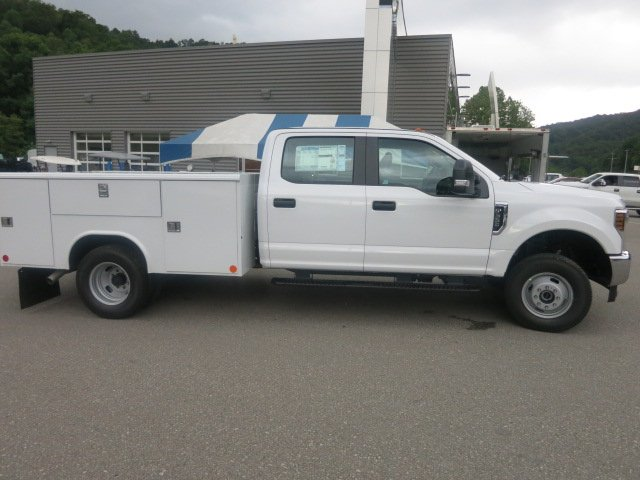 2018 F-350 Crew Cab DRW 4x4,  Reading Service Body #18F593 - photo 6